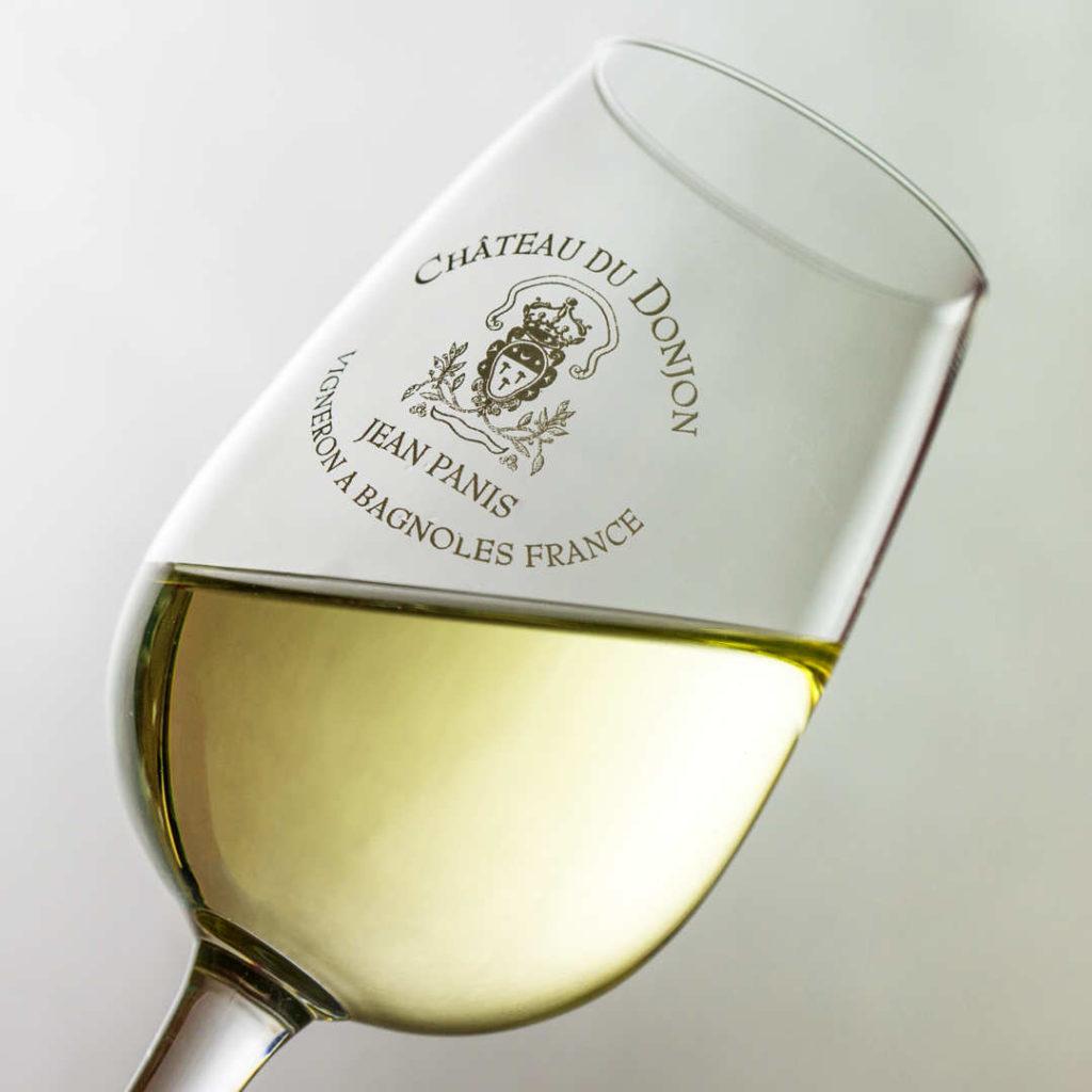 Château du Donjon à Bagnoles - Verre de vin blanc